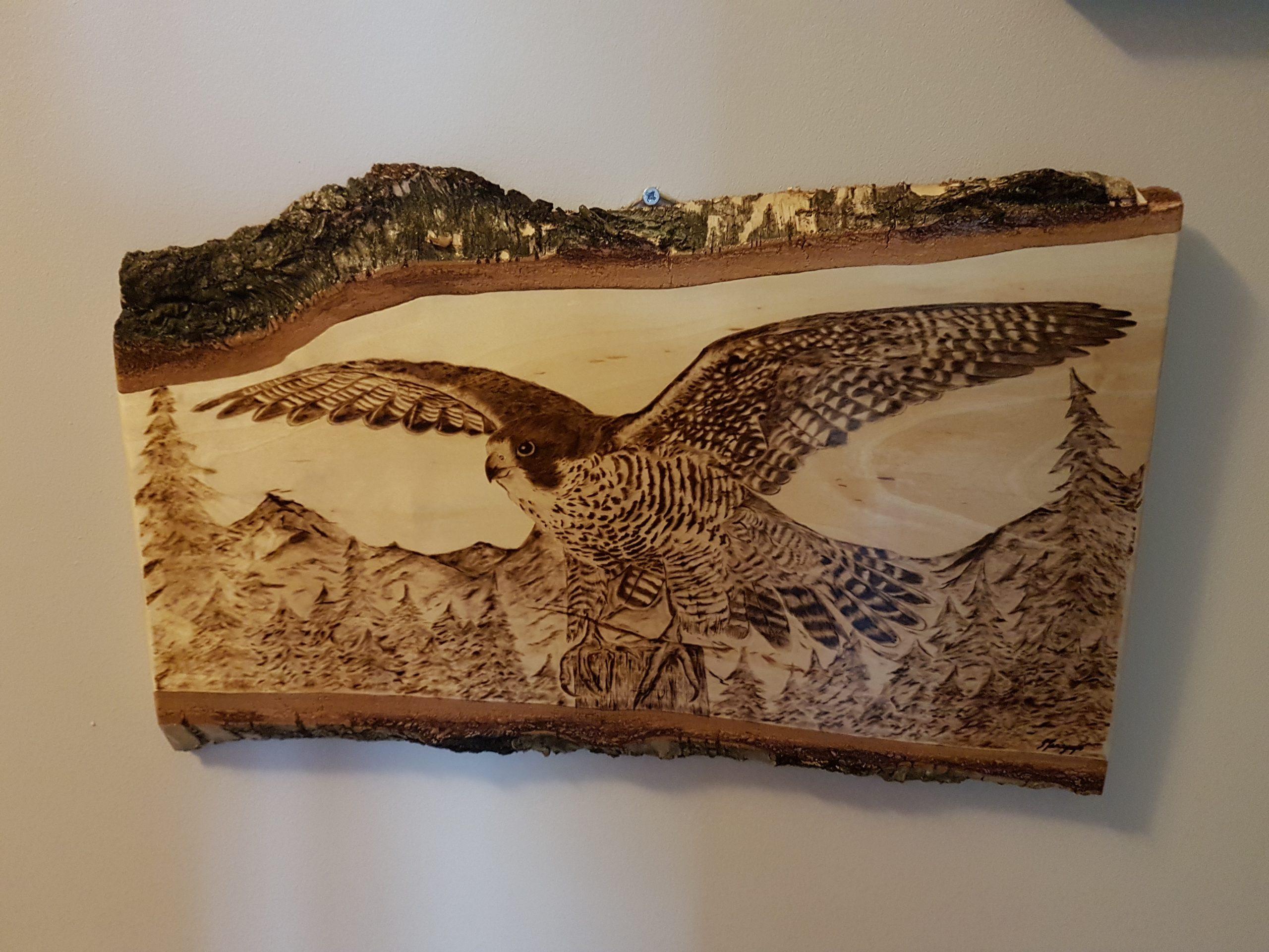wypalanie w drewnie, sylwia, pirografia, janczyszyn, pyrography, handmade, rękodzieło, pomysł na prezent, sokół wędrowny