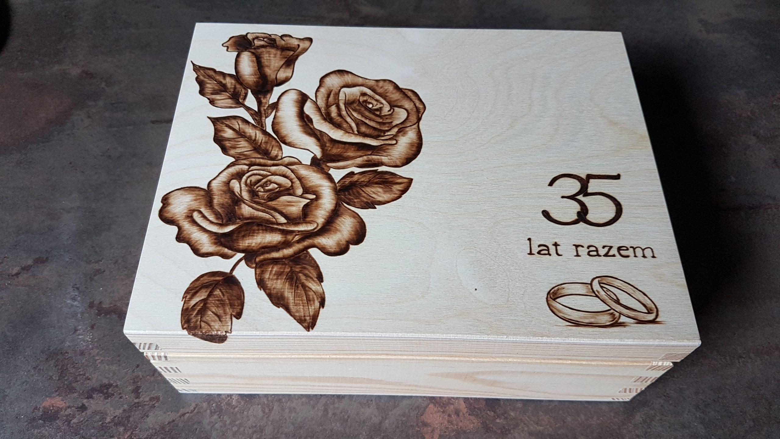 wypalanie w drewnie, sylwia, pirografia, janczyszyn, pyrography, handmade, rękodzieło, pomysł na prezent, pudełko na herbatę, pamiątka na rocznicę
