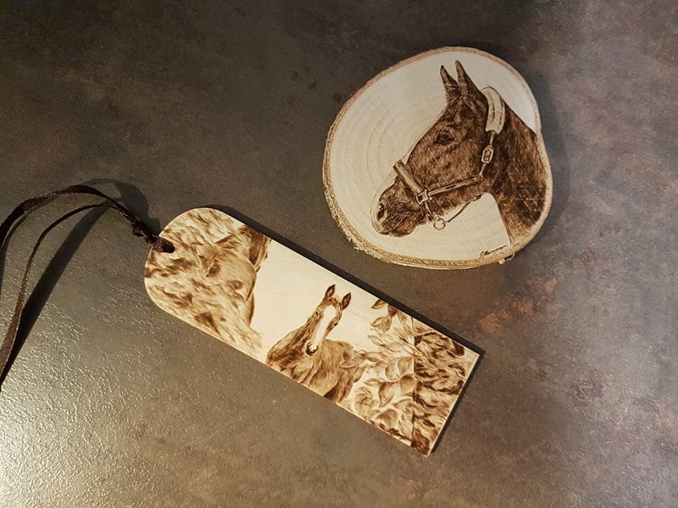 wypalanie w drewnie, sylwia, pirografia, janczyszyn, pyrography, handmade, rękodzieło, pomysł na prezent, podkładka pod kubek, zakładka