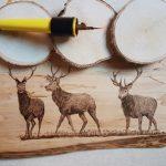 wypalanie w drewnie, sylwia, pirografia, janczyszyn, pyrography, handmade, rękodzieło, pomysł na prezent, jelenie, pamiatka